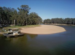 Paddleboat at Thompson Beach Cobram