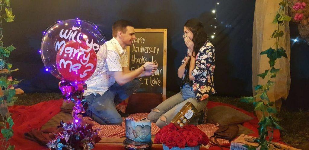 Daniel Lakeman with his Colombian fiancée Karen Sanclemente.